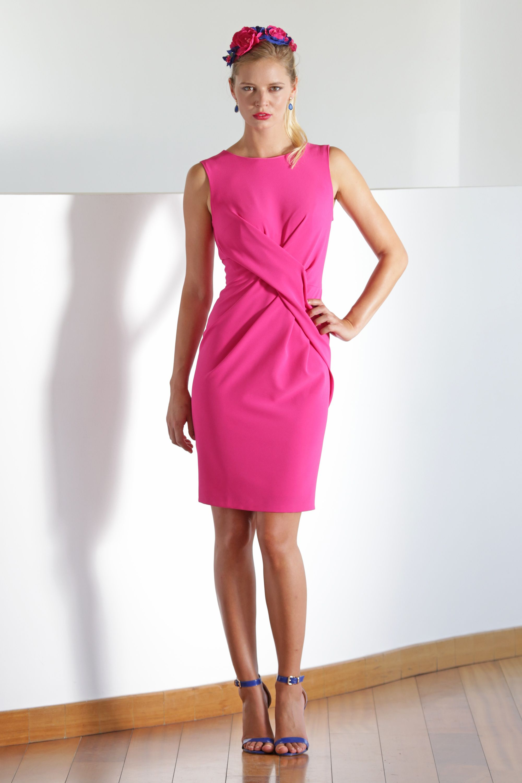 Vestido cruzado rosa fucsia para invitadas en bodas de verano ...