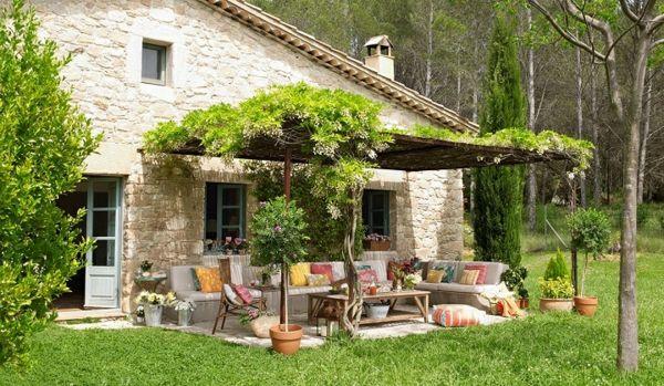 Garten Ideen Gartengestaltung Loung Pergola Holz Gartenmöbel Kissen  ähnliche Projekte Und Ideen Wie Im Bild Vorgestellt