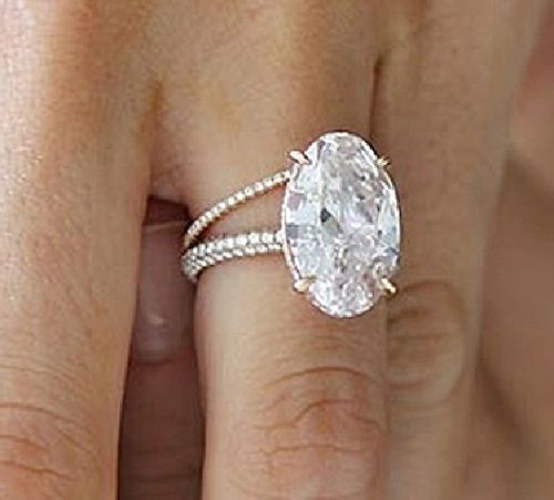 Blake Lively S Wedding Ring This Is The One Blake Lively Engagement Ring Celebrity Engagement Rings Oval Diamond Engagement Ring