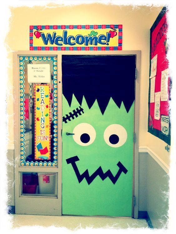 30 Cute And Fun Halloween Door Decorating Ideas 2017 Halloween Classroom Door Decor Halloween Classroom Door Halloween Door Decorations