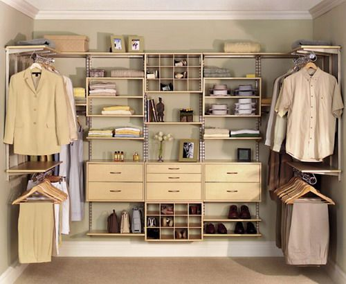 Design your own closets way to create an effective for Design your own walk in closet
