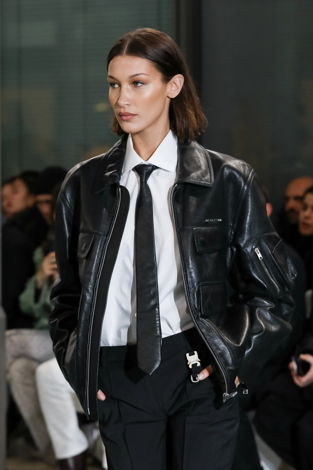 Bella Hadid Is Wearing A Tie And So Should You Bella Hadid Outfits Fashion Bella Hadid Style [ 1500 x 1000 Pixel ]