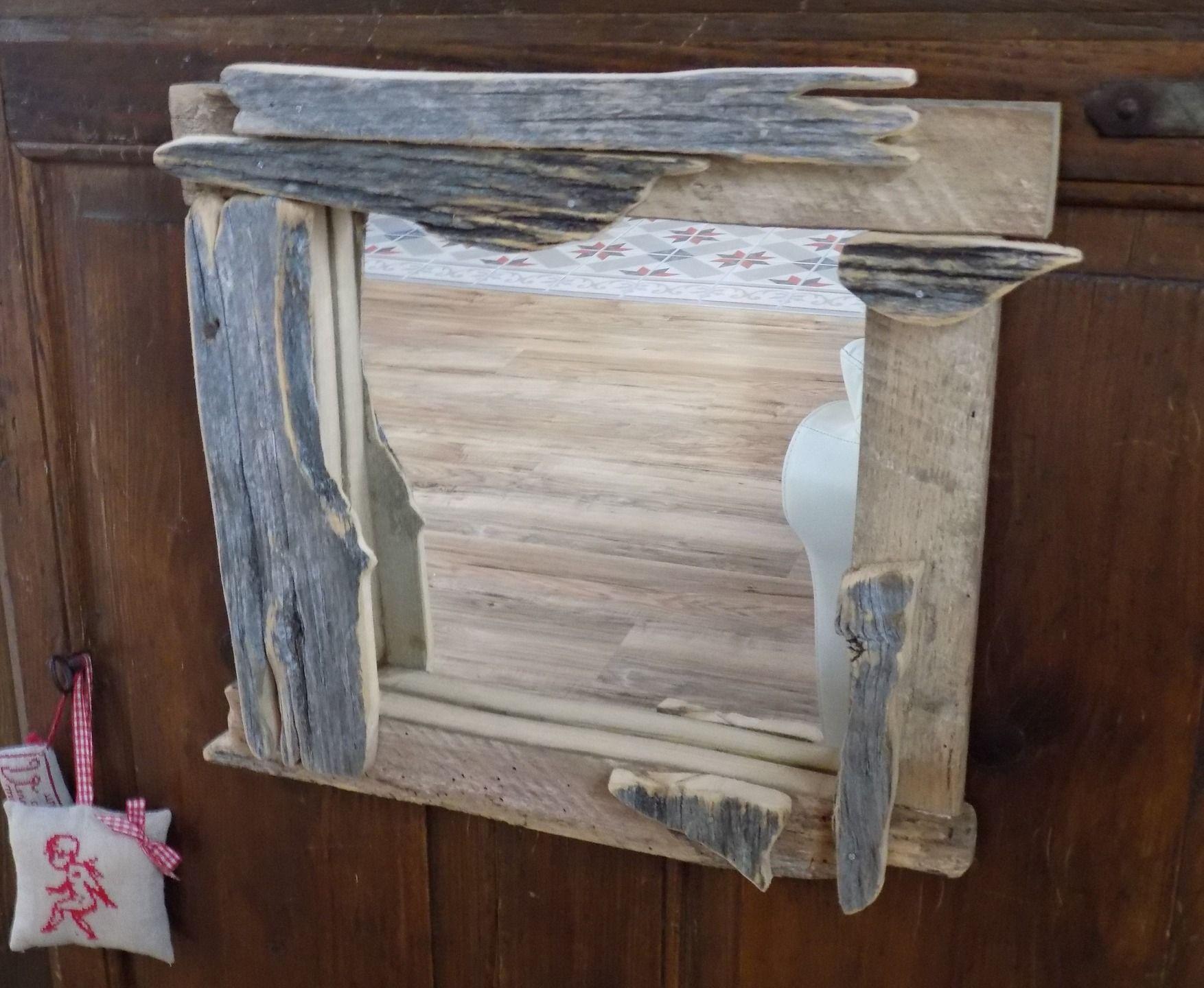 miroir vintage en bois bois de palette et pin d corations murales par rouge lin et bois. Black Bedroom Furniture Sets. Home Design Ideas