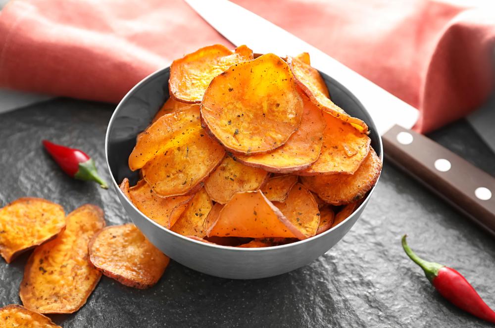 Dehydrated Bbq Sweet Potato Chips Raw Vegan Oil Free With Images Sweet Potato Chips Raw Food Recipes Raw Vegan Recipes