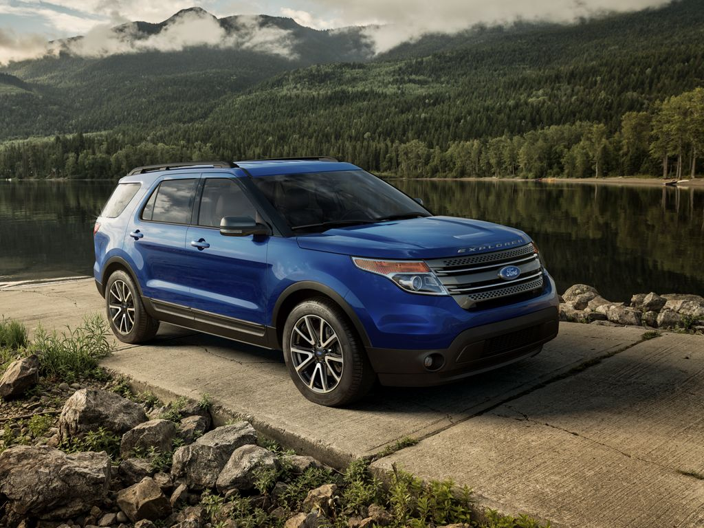 Ford explorer updated for 2015 with new colors features and a sporty new look ideal