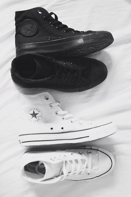 Converse Women White Shoe Hightop