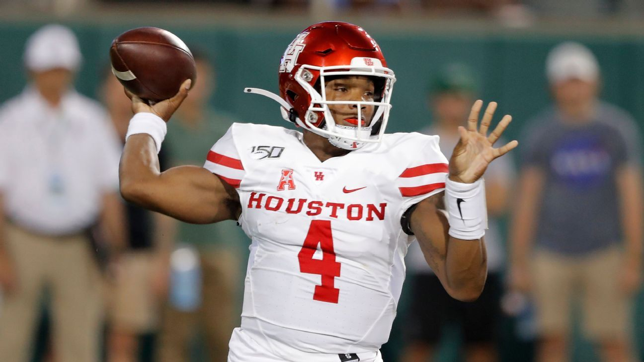 UH QB King reverses course, says he will transfer in 2020