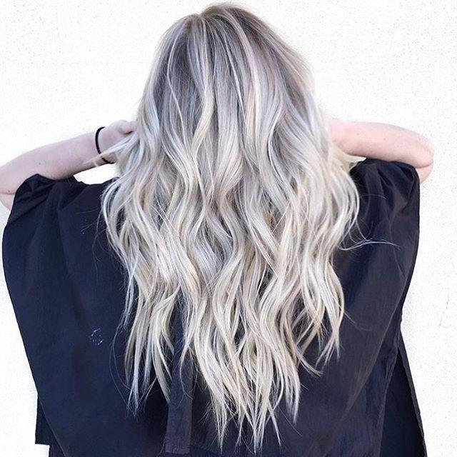 Platinum hair and Olaplex = Dream team combination. ✔️ Color by @hairby_chrissy…