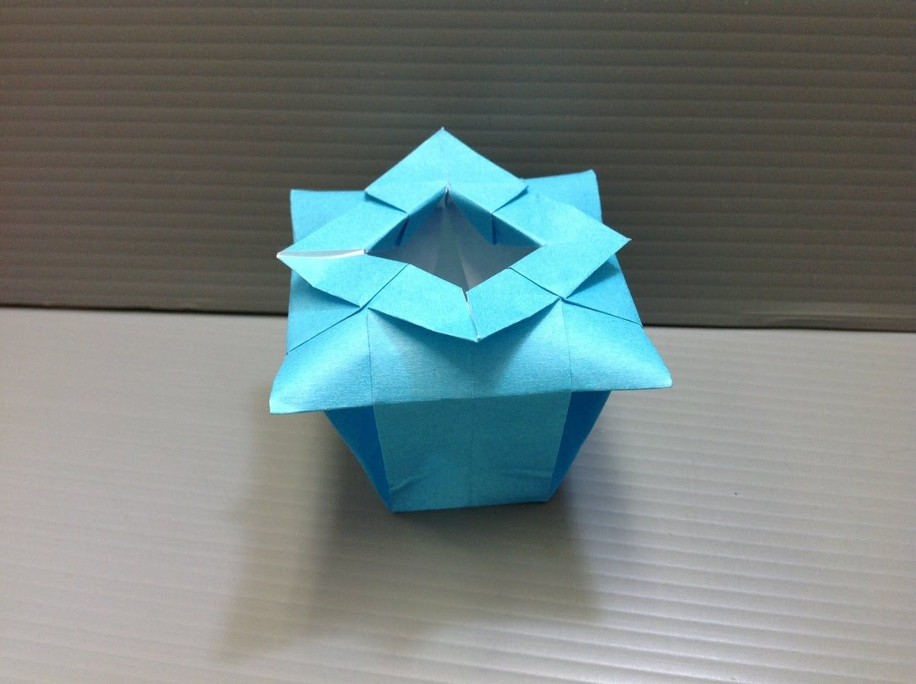 Daily origami 100 chinese vase this is so cute to put rings in daily origami 100 chinese vase this is so cute to put rings in reviewsmspy