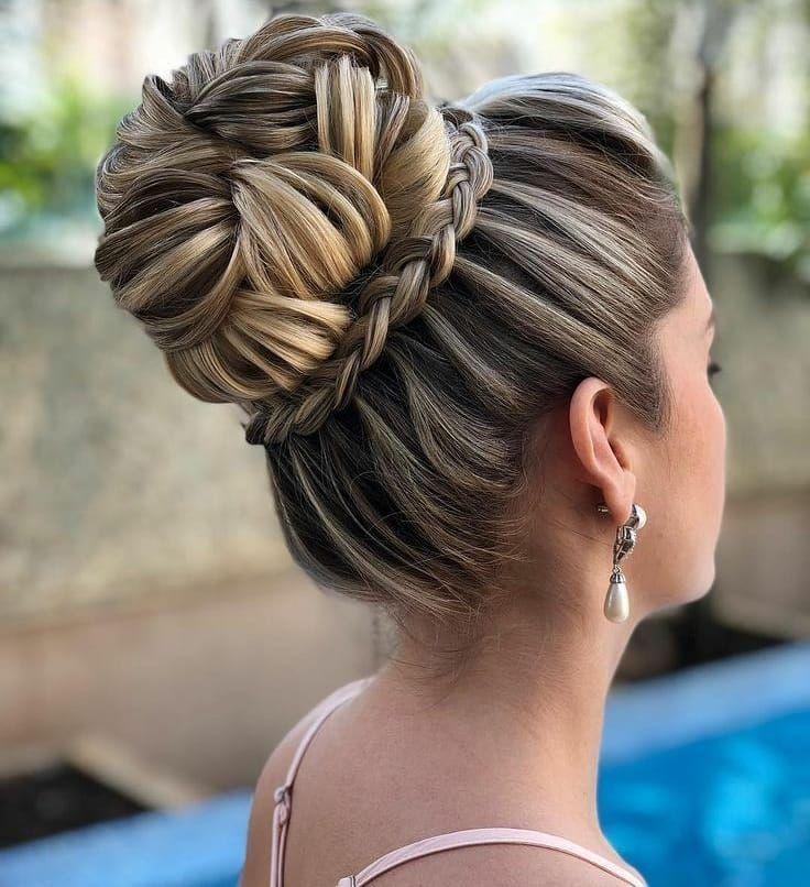 1 628 Curtidas 9 Comentarios Casar Sem Gastar Casar Semgastar No Instagram Gostaram Desse Coque In 2020 Cool Hairstyles Classy Hairstyles Quince Hairstyles