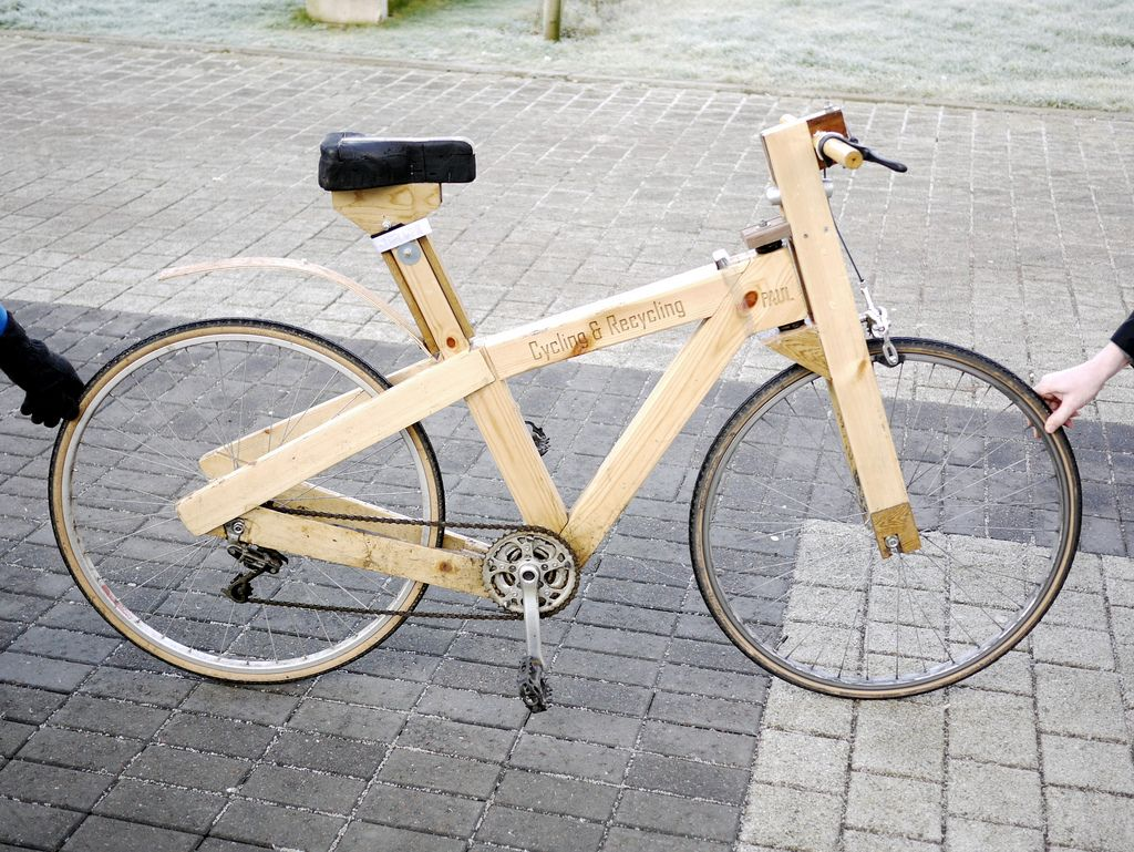 Cycle Recycle Wooden Bike Recycled Bike Ideas Projects Houten Pallets Hergebruikt Hout - Houten Pallets