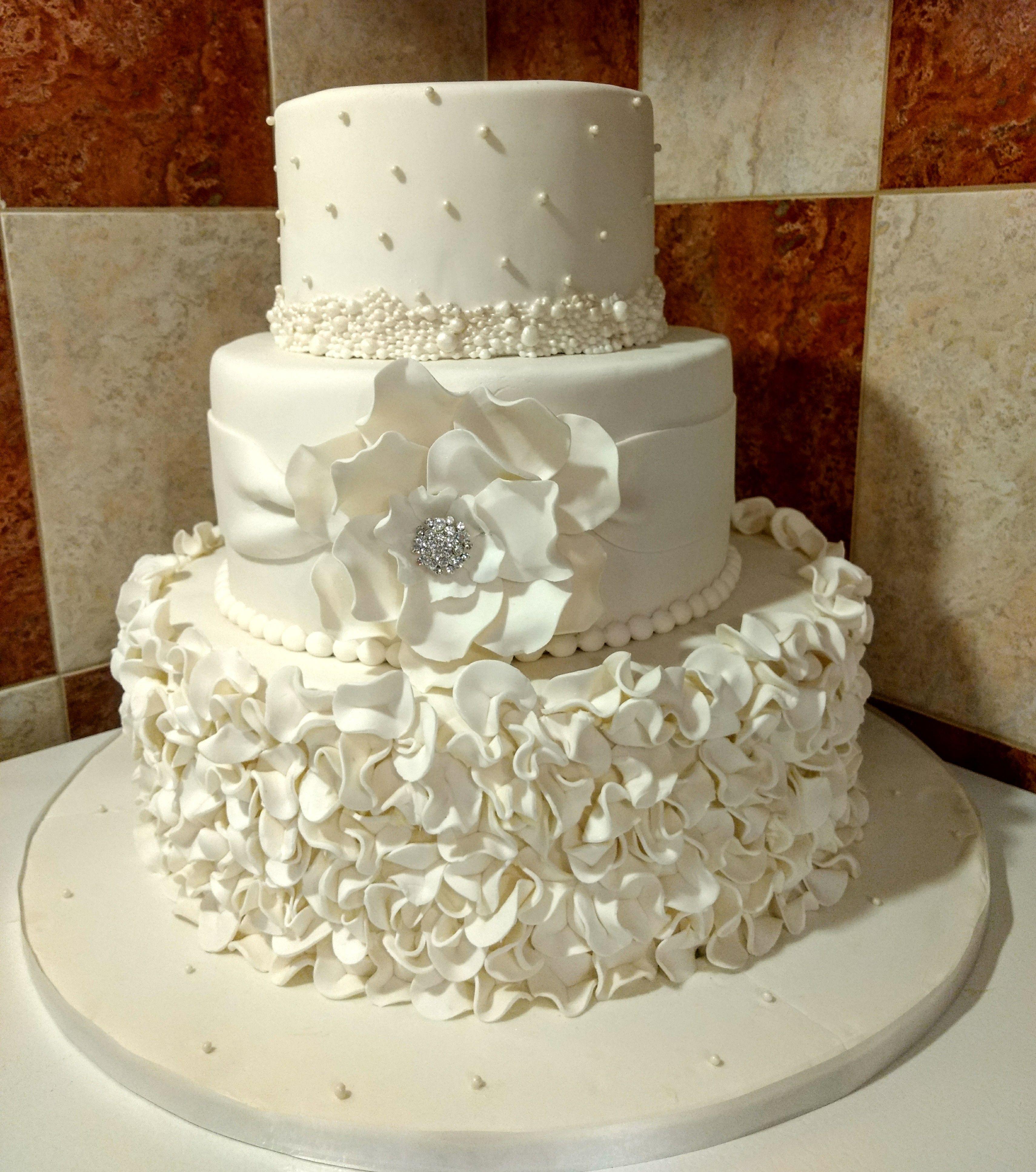 Gâteau De Mariage En Fondant Blanc Gâteau De Mariage En