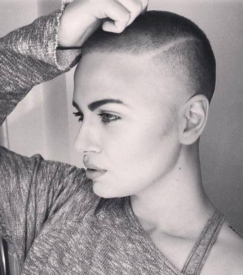 Short Hair Beauty — Opinions of her cut? http://ift.tt/1QbmWWm