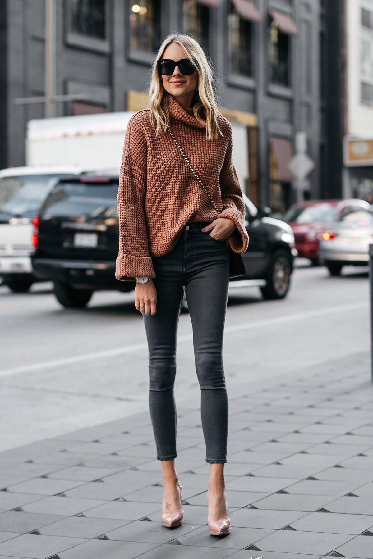 b152e8263b0 Fashion Jackson Oversized Sweater Free People Park City Pullover Tan Sweater  Grey Skinny Jeans Chrisitian Louboutin Nude Pumps