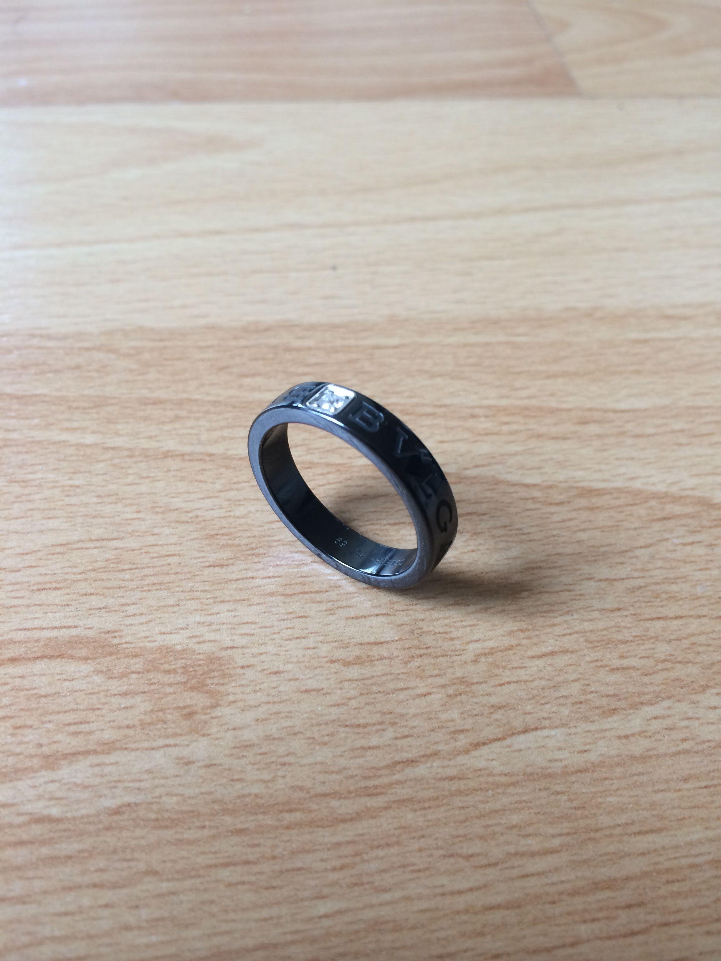 Bvlgari Men Ring Ceramic And Diamond Ok Ni Wedding Ring Uh But Too