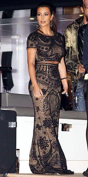 74d60f2775 V Kardashian Fashion, Kardashian Photos, Kardashian Style, Kardashian  Jenner, Kardashian Kollection,