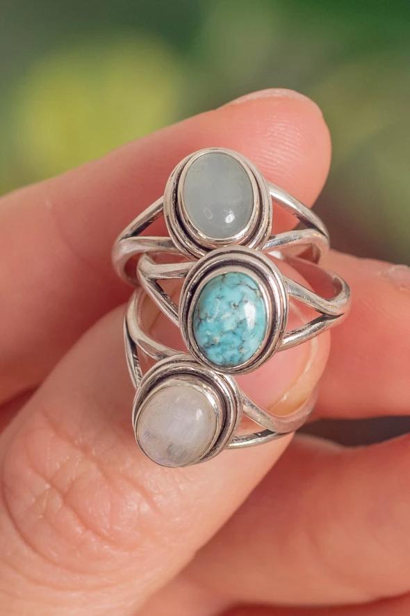 Crystal Ring Set   Gemstone Jewellery  Handmade Jewellery  witchy jewellery