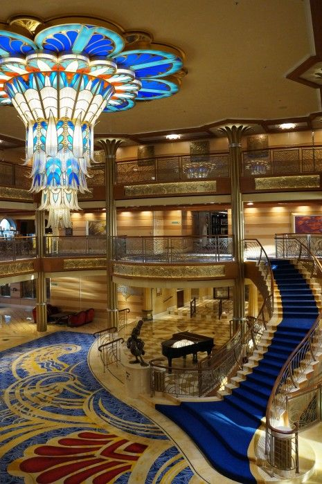 Disney Cruise Line - Disney Dream Review - Click to read this great article from the TouringPlans Blog.  Learn how you can get a free TouringPlans subscription from http://www.buildabettermousetrip.com/free-touring-plans