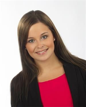 Shelby Wilk Real Estate Agent Century 21 Canada Lp Broadway Park Realty Yorkton Sk Real Estate Agent Century 21 Real Estate Yorkton