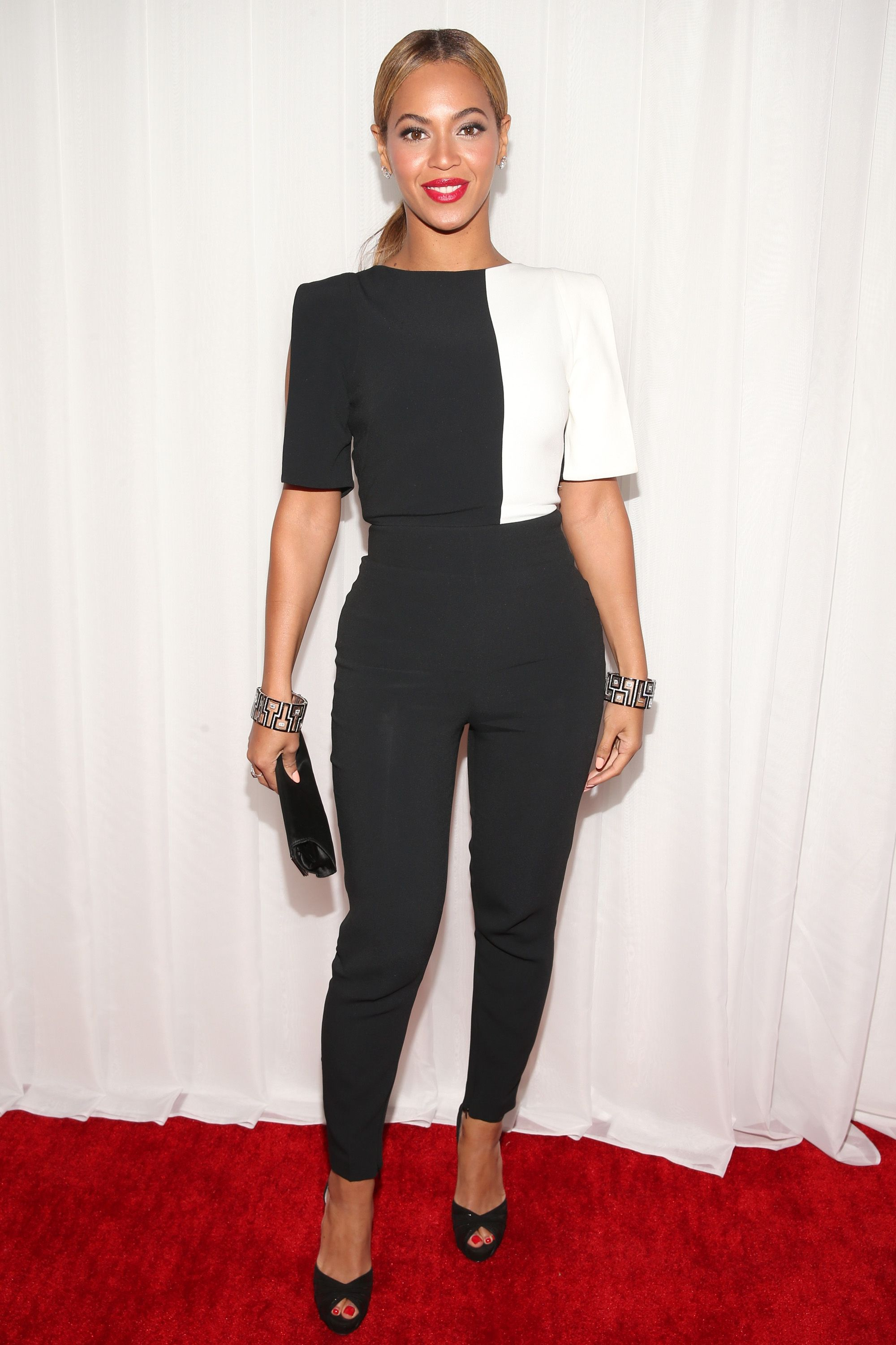 afba9bfad789 Beyoncé Brings a Black-and-White Jumpsuit to the Grammys