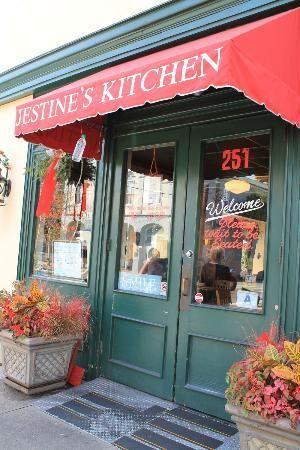 Jestine S Kitchen Charleston Sc This Is Where I Had Fried