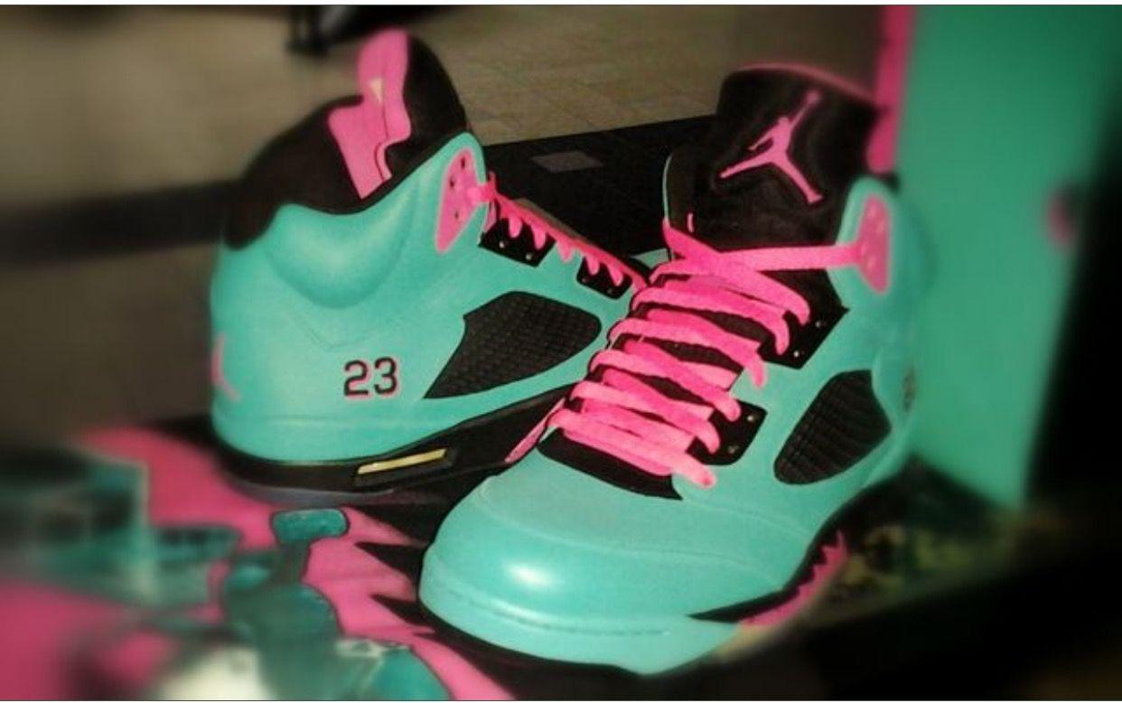 Pin By Natalie B On Sneakers In 2019 Air Jordan Shoes