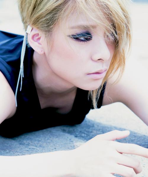 F(x) Amber Red Light concept photos | f(x) f(x) f(x ... F(x) Amber Red Light