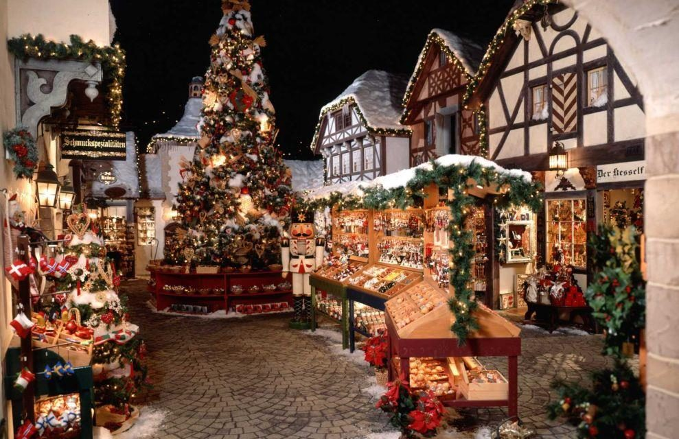 When Is Yankee Candle Village Decorated For Christmas 2020 Yankee Candle Village Enchants Tour Groups in 2020 | Yankee candle