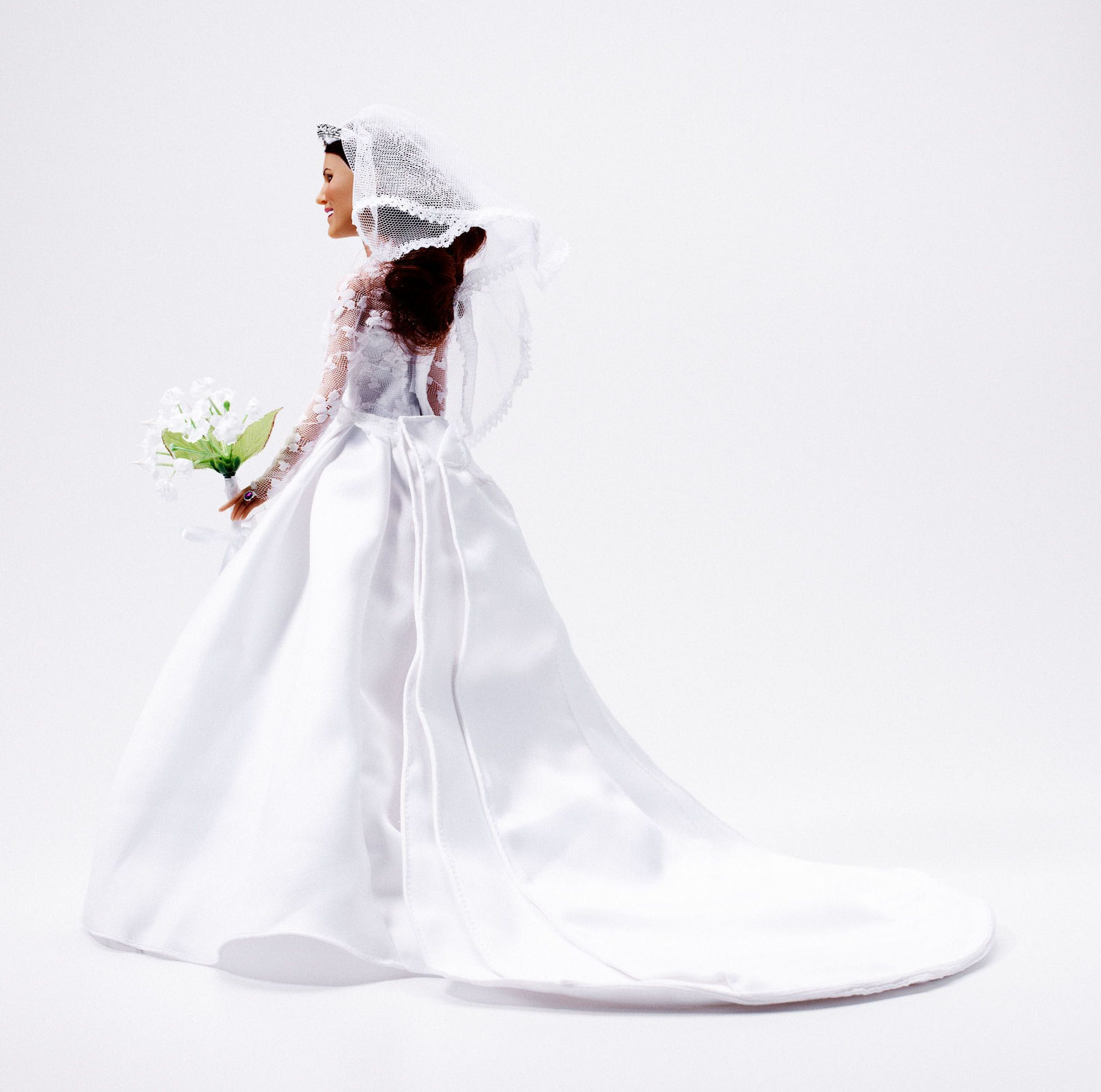 Wedding dress donation  Princess Catherine Doll wedding dress Arklu Royal Wedding Dolls