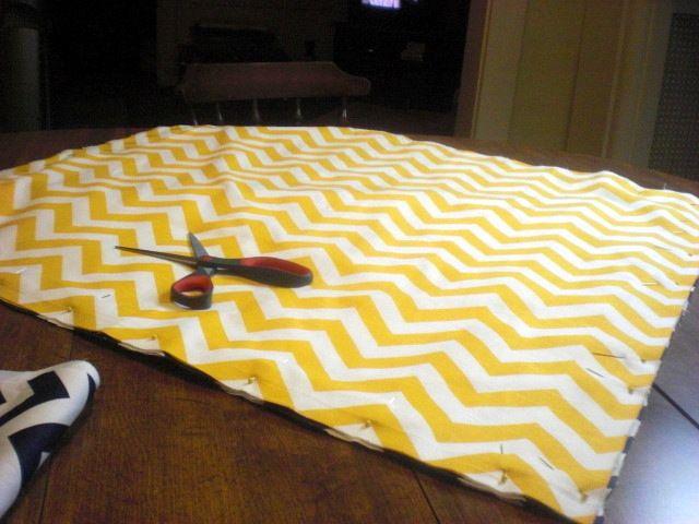 DIY giant chevron floor pillows | Oven Lovin\' | Crafty ideas ...