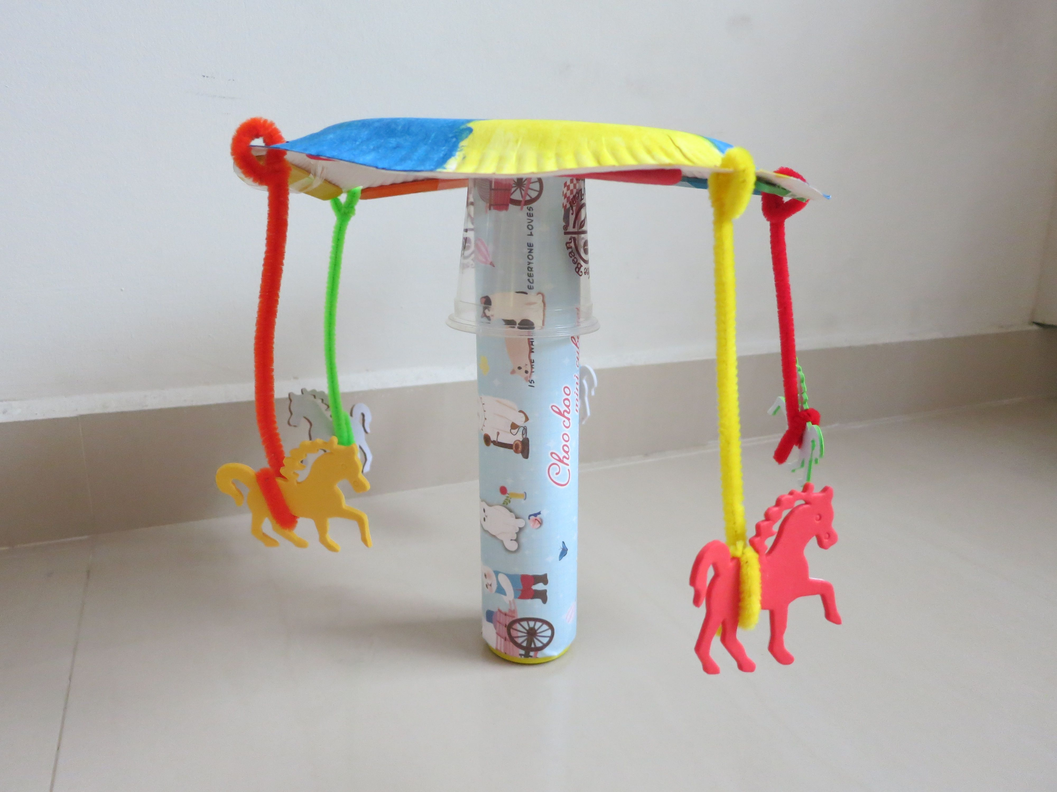 Carousel sculpture easy craft for camp! Camping crafts