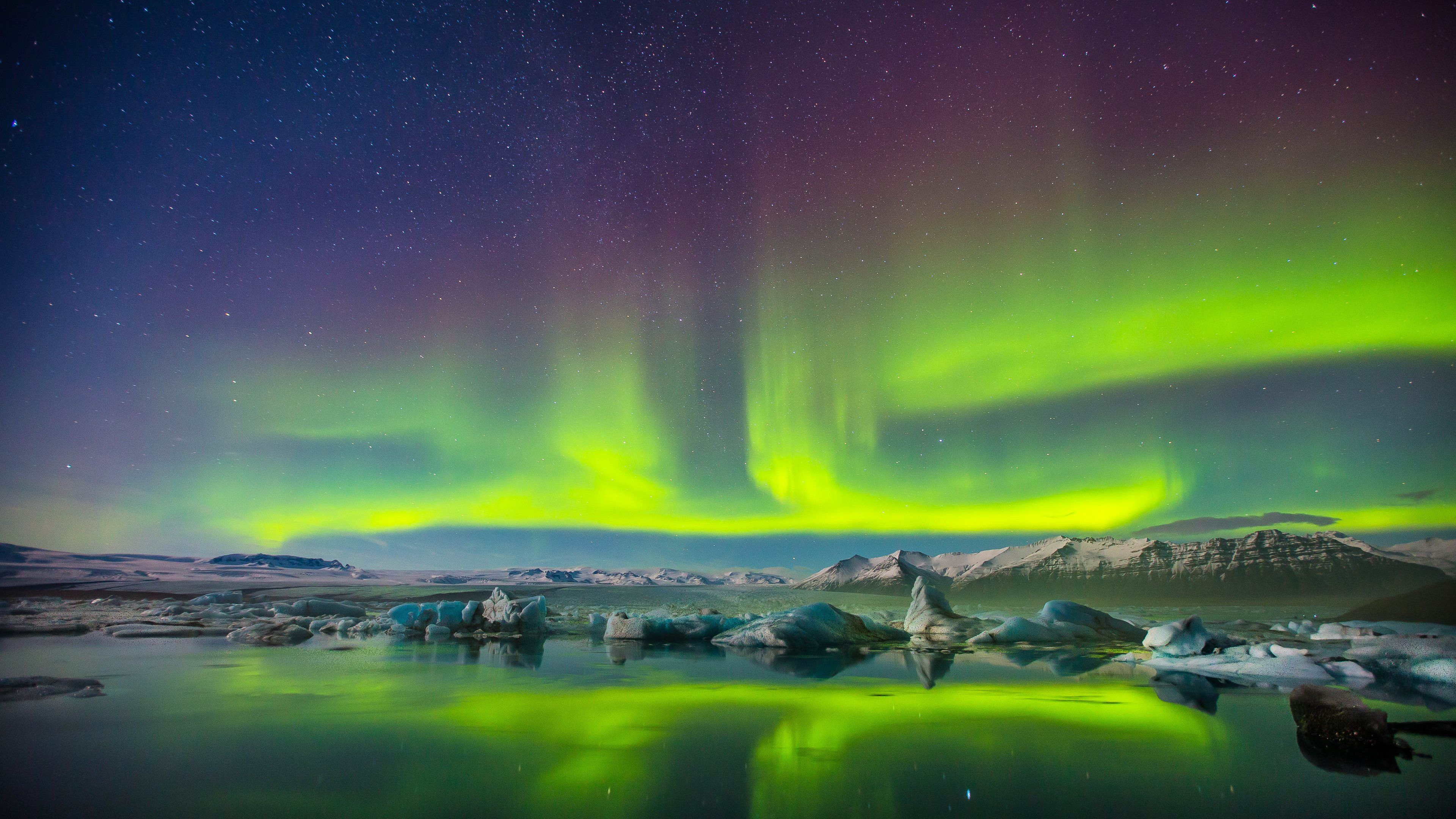 4k Hd Wallpaper In 2020 Northern Lights Wallpaper Northern Lights Aurora Borealis Northern Lights