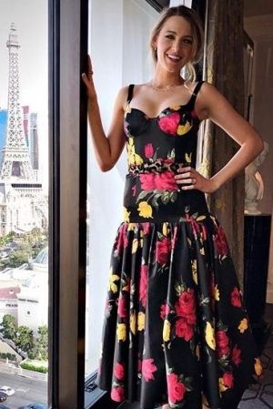 blake lively looks fabulous in this black floral printed michael rh pinterest com