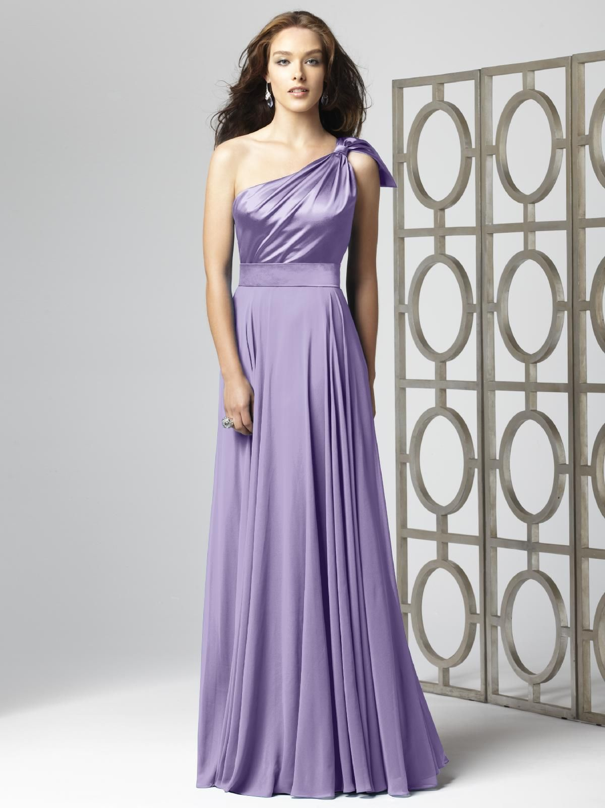 Pastel Purple bridesmaids/maid of honor | Beautiful Gowns and long ...
