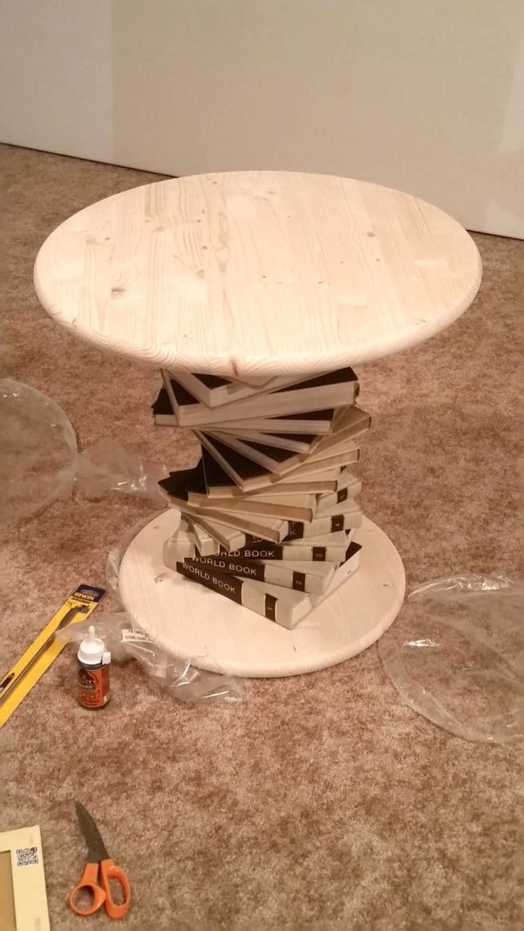 Old Encyclopedia Collection Is Transformed Into A Beautiful Side Table -  #beautiful #collect... #furnitureredos