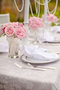 table linens and flower colors