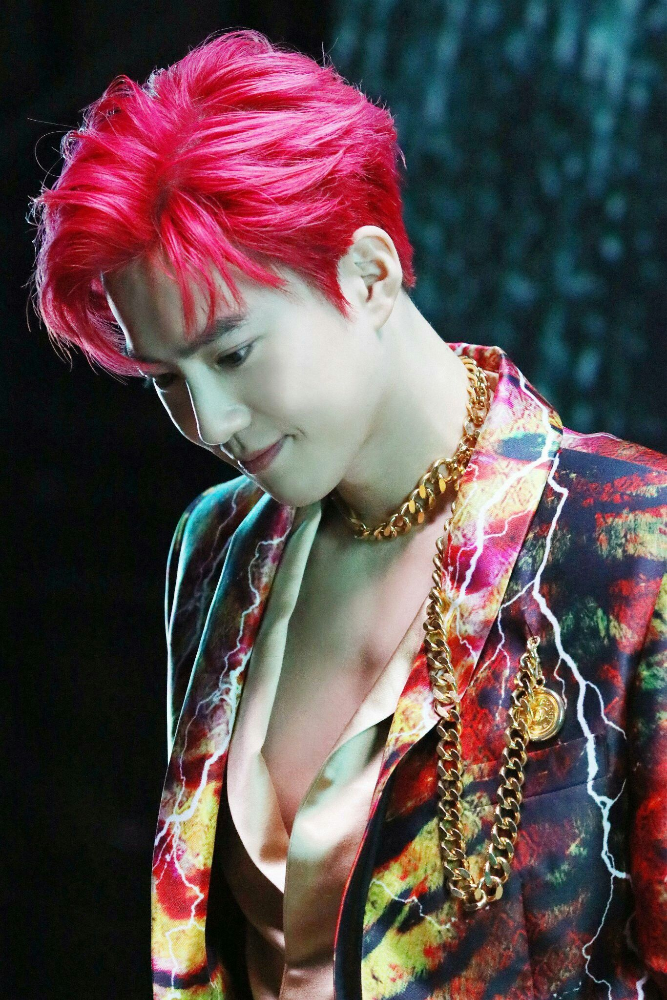 EXO 'Obsession' MV Behind photo