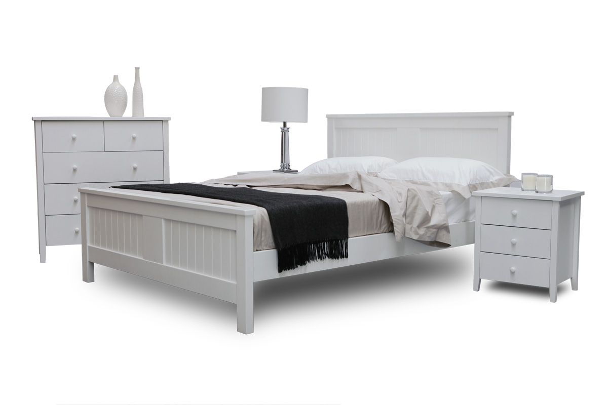 full size of bedroom laminate floor mixed with square white queen bed queen bed frame