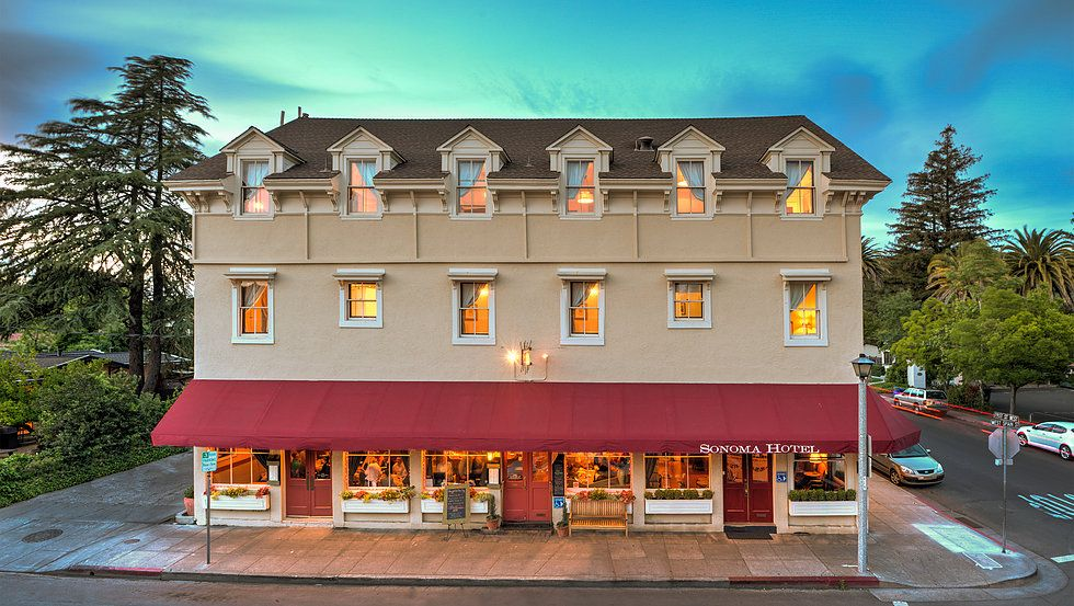 Sonoma Hotel Is A 16 Room Historic Boutique In Ca