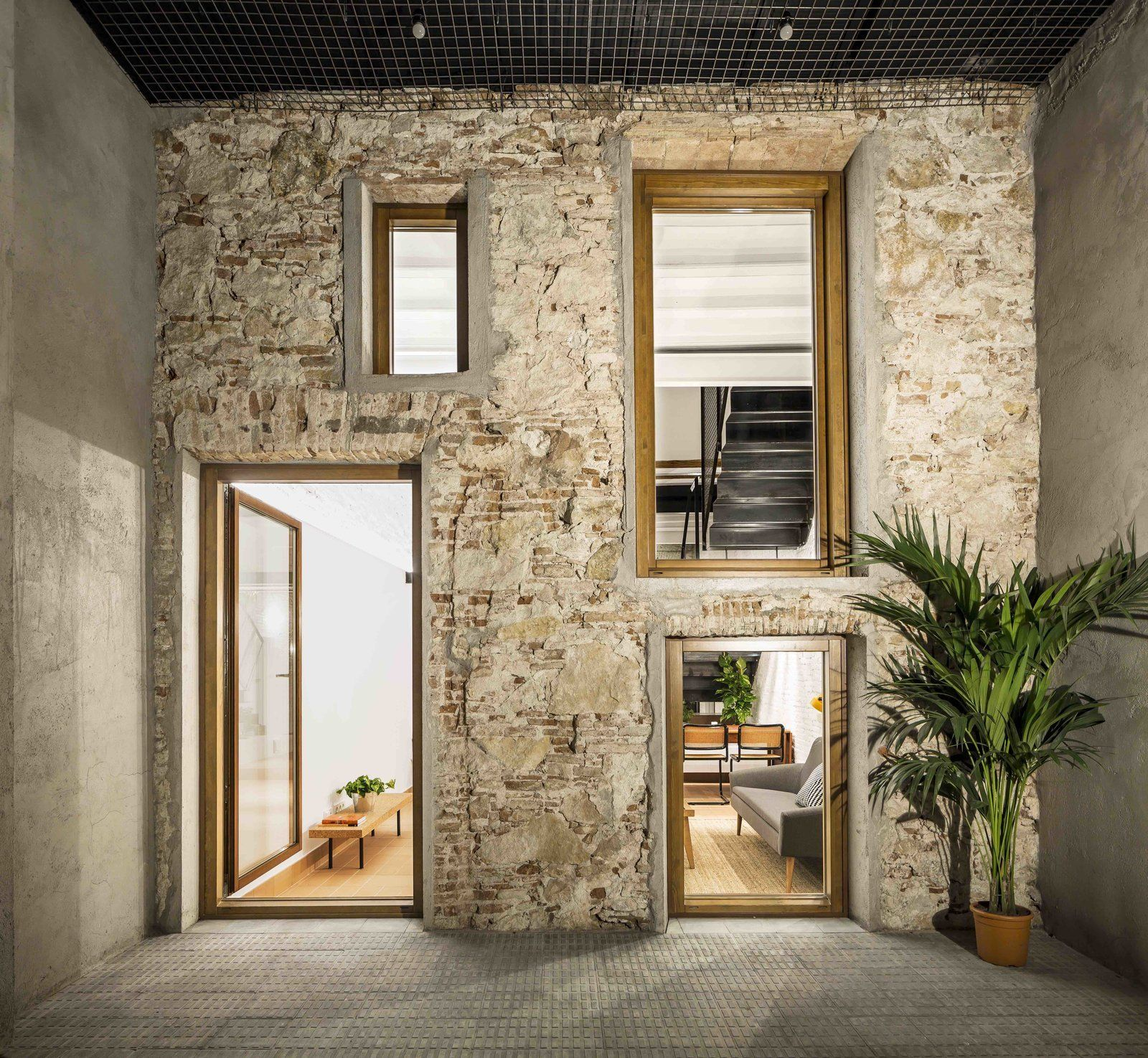 Photo of in this doubleheight apartment in barcelona features