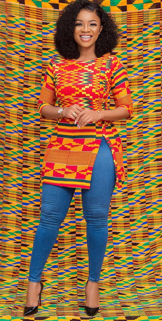 Beautiful kente top with jeans combo