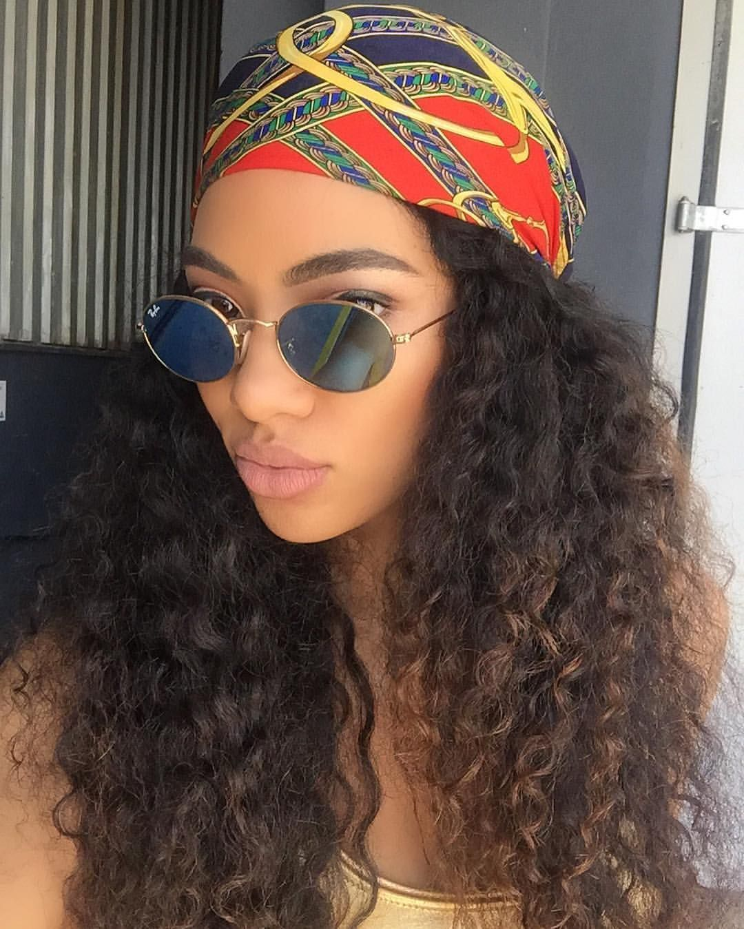 Turban Headband Curly Hair Short Curly Hair Layeredcurlyhair In 2020 Scarf Hairstyles Curly Hair Styles Headband Hairstyles