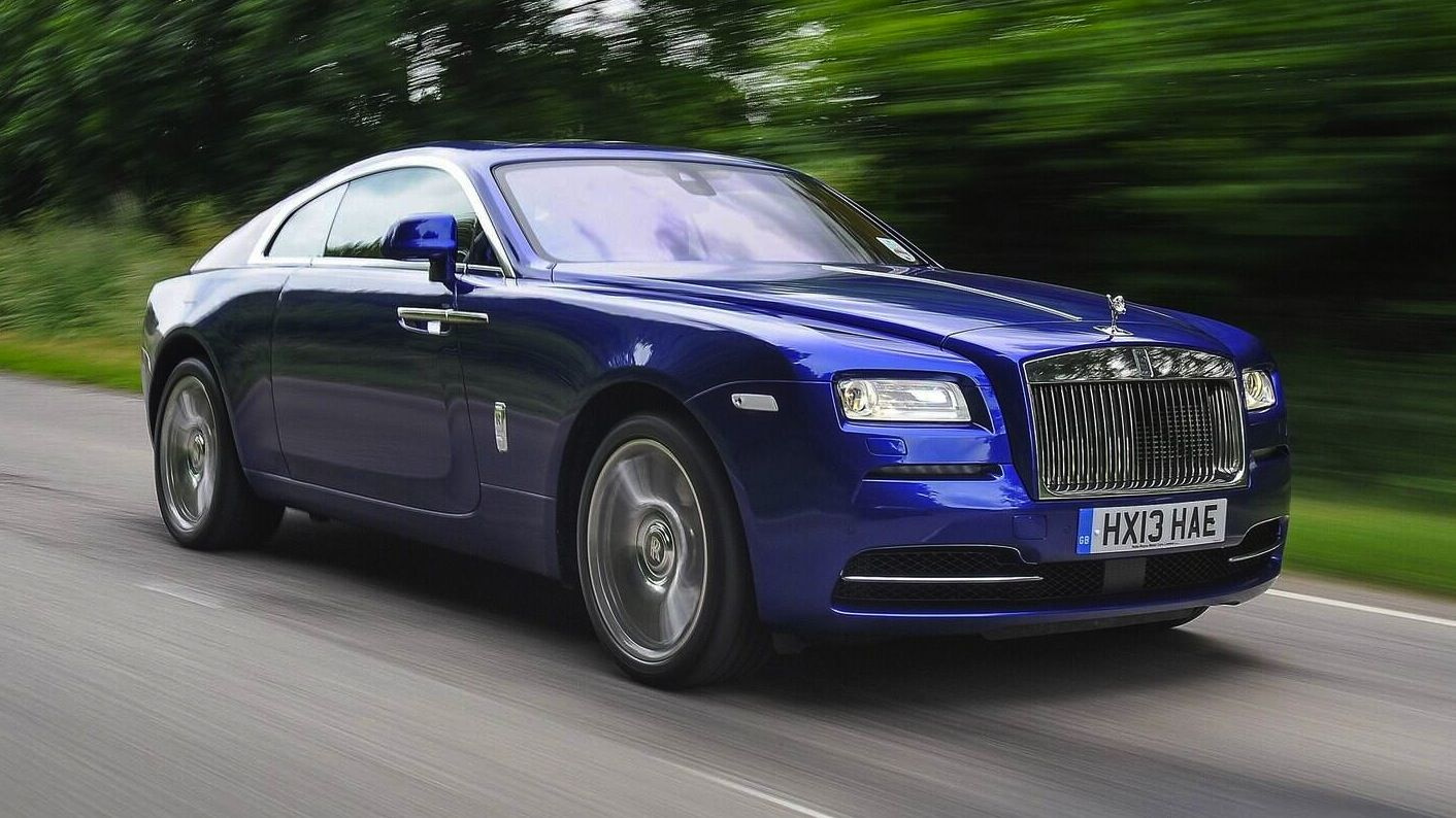 Rolls royce for bookings contact us on parklane car rental 971 4 347 1779