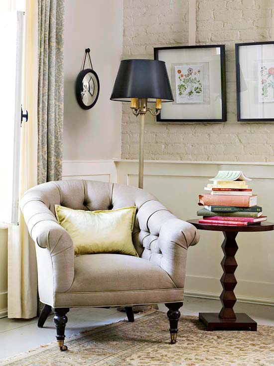 Choose Small Scale Furnishings Choose Small Scale Furnishings Small Spaces  Are Quickly Overwhelmed By