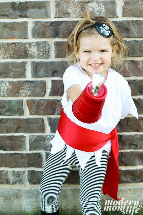How to Make a DIY Pirate Costume for The Best Pirate Story Never Told #diypiratecostumeforkids How to Make a DIY Pirate Costume for The Best Pirate Story Never Told #diypiratecostumeforkids