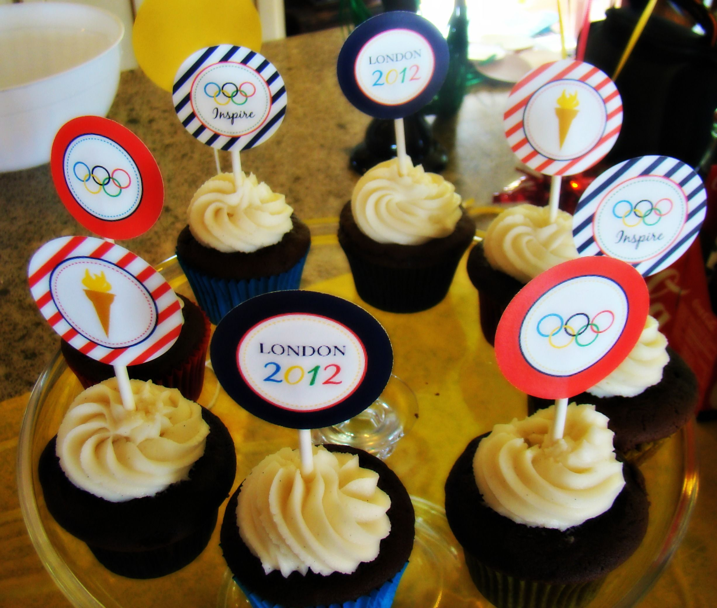 Cupcakes-printables from Mirabella Creations
