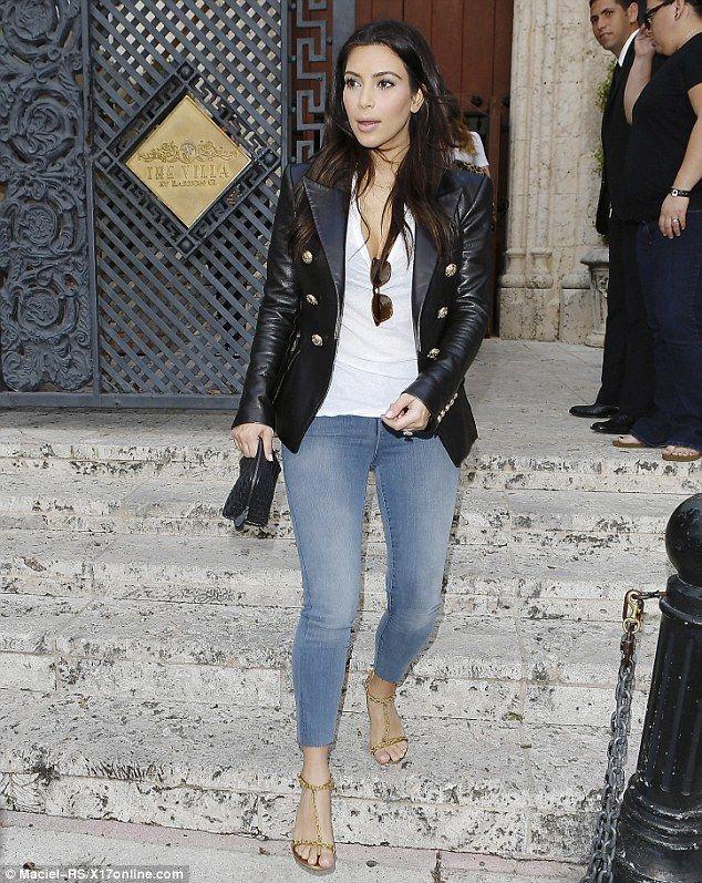 It's in their jeans! Kim, Khloe and Kourtney Kardashian sex up ...