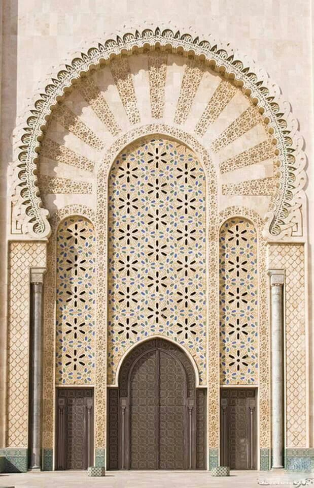 King Hassan Mosque II:Entrance By Mgsblade