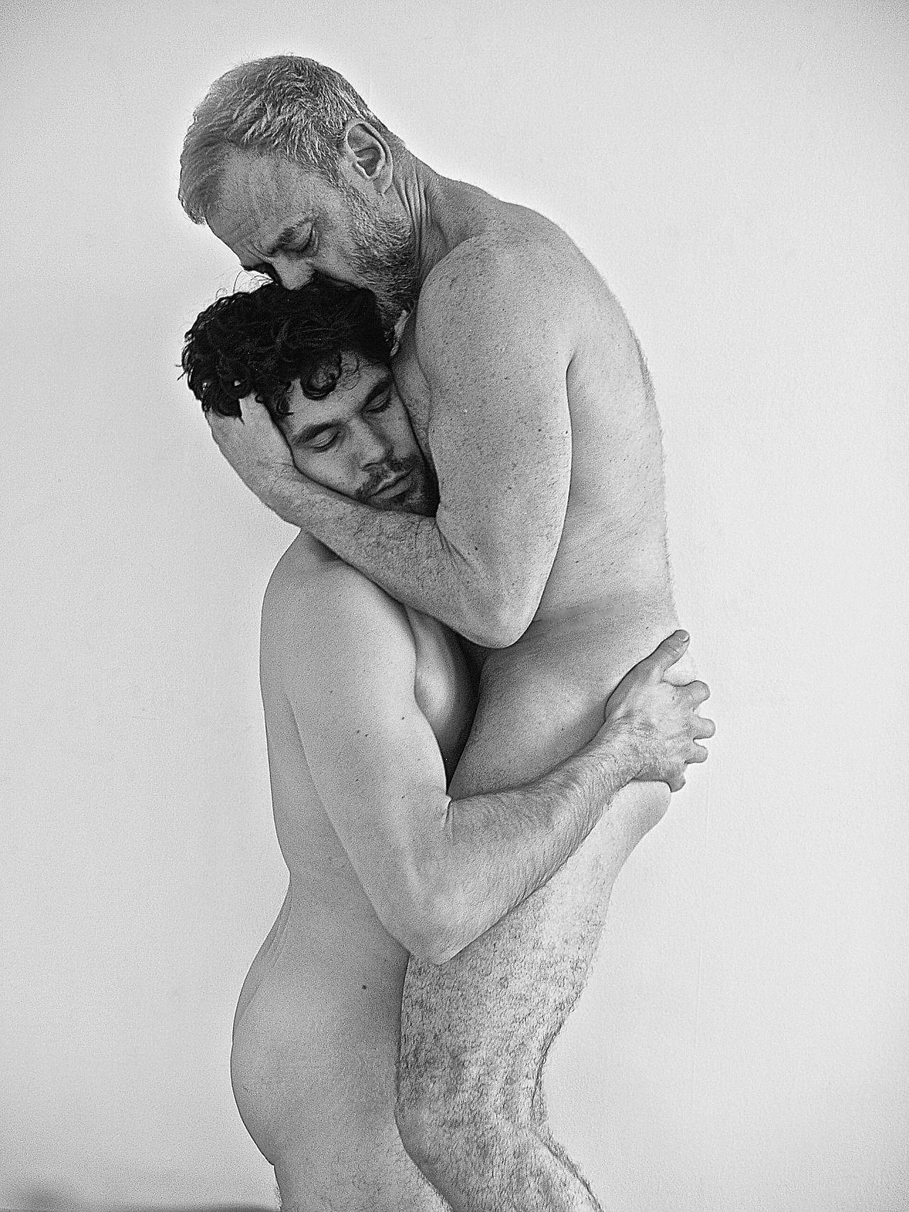 Jake gyllenhaal bisexual