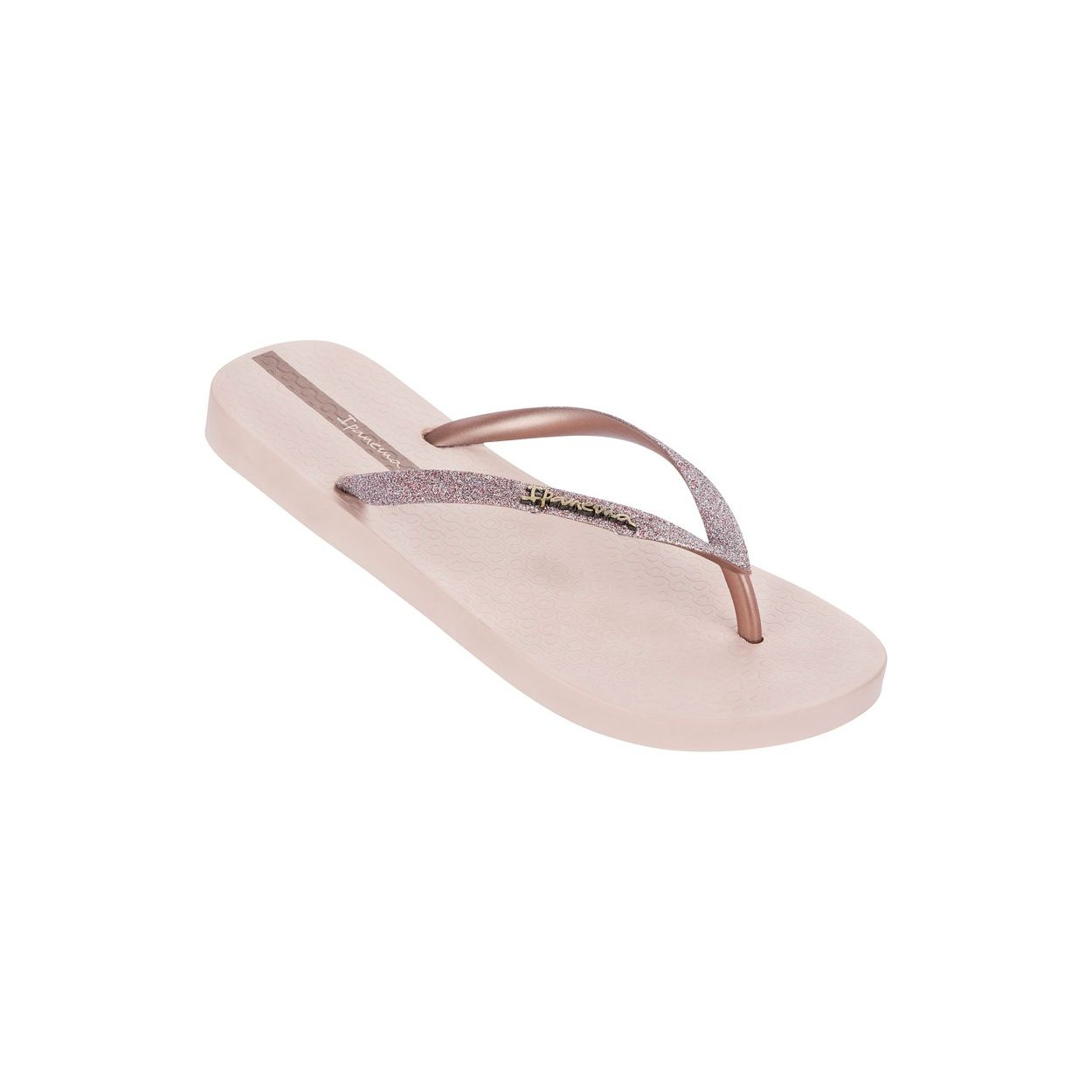 6c17e5475fbe The Ipanema Sparkle flip flop is a stunner